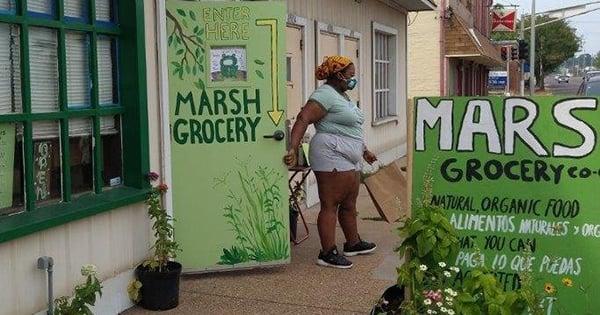 MARSH Grocery exterior